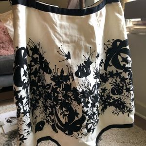 Ann Taylor white & black floral skirt